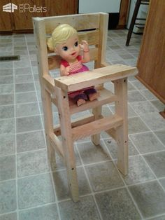 "#PalletChair, #RecyclingWoodPallets I made this little Baby Doll Pallet Highchair using all pallet wood (heat-treated only). It measures 9""tall, 6"" wide, and 4"" deep. I used 1"" x 2"" pallet boards to create this project. It is all held together with 1.5"" screws.  Make an adorable"
