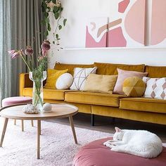 Musthave: It starts with pink - Enter My Attic MY ATTIC / interieur musthave / woonkamer / yellow sofa / velvet / pink / roze Fotografie: Marij Hessel MY ATTIC / interieur musthave / woonkamer / yellow sofa / velvet / pink / roze Fotografie: Marij Hessel Room Inspiration, Room Design, Decor, Interior Design, House Interior, Living Room Sofa, Stylish Living Room, Cheap Home Decor, Interior