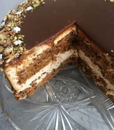 Dobroty na tanieri: Luxusná mrkvovo - karamelová torta Ricotta, Chocolate, Tiramisu, Delicious Desserts, Ethnic Recipes, Food, Pound Cake, Kitchens, Meal