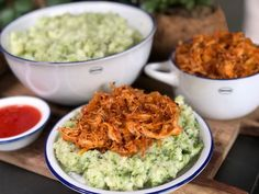 Broccolistamppot met hete kip - Familie over de kook #recepten #stamppot #broccoli #hetekip #kip
