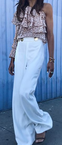 perfect outfit idea top + pants