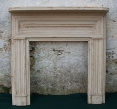 White Antique Fireplace Mantel With Columns Leaves Beautiful With ...