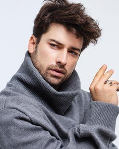 Beautiful Men Faces, Beautiful Love, Turkish Men, Turkish Actors, Alina Boz, Vogue Men, Handsome Actors, Haircuts For Men, Celebrity Pictures