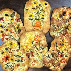 Baker Creates Visually Tasty Focaccia Bread Art Inspired by Van Gogh Focaccia Bread Recipe, Bread Recipes, Scd Recipes, Sourdough Bread, Japanese Bakery, Bread Art, Dessert Bread, Artisan Bread, Bread Rolls