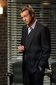 simon baker is the mentalist he rocks his smile is the best when he smiles its like he thinks he has gotten away with something LOL truely Patrick Jane, Simon Baker, The Mentalist, Best Dressed Man, Sharp Dressed Man, I Love Simon, Cuerpo Sexy, Mejores Series Tv, Most Stylish Men
