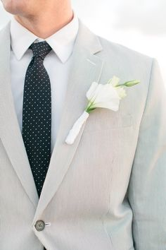 <3 Groom´s DOTTED J. Crew tie - Mermaid Beach Elopement by Chelsey Boatwright Photography, via ruffled
