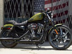 2016 Harley-Davidson® XL883N Sportster® Iron 883™