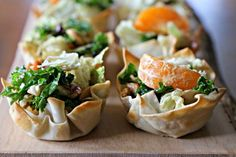 Mini Asian Salad Cups - a simple recipe for healthy appetizers Healthy Pastas, Healthy Crockpot Recipes, Healthy Appetizers, Healthy Soup, Fitness Meal Prep, Sunday Meal Prep, Healthy Shopping, Healthy Food Delivery, Cleanse Recipes