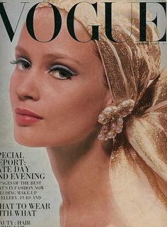 Fashion Vintage Vogue Uk Ideas For 2019 Vogue Magazine Covers, Fashion Magazine Cover, Fashion Cover, Magazine Photos, Vogue Vintage, Vintage Vogue Covers, Vintage Vogue Fashion, Fashion Edgy, Fashion Men