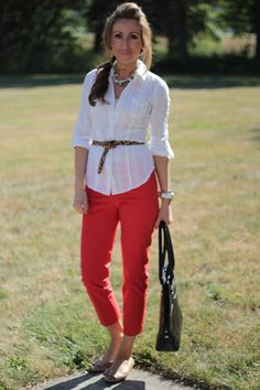 love the leopard belt with the classic white shirt and red pants! FAB!