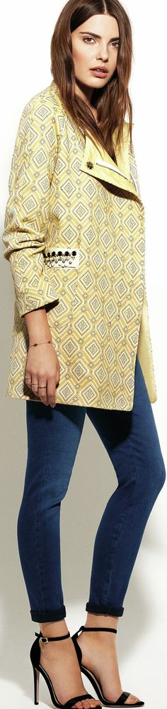 Pantone Custard jacket - http://www.boomerinas.com/2015/01/02/pantone-colors-for-spring-summer-2015-fashion-for-women/