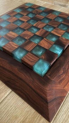 Diy Resin Table, Diy Resin Art, Diy Resin Crafts, Wood Crafts, Welding Art Projects, Woodworking Projects Diy, Diy Wood Projects, Coaster, Epoxy Resin Wood