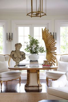 Glamorous Richmond home designed by Suellen decorating before and after interior design house design home design interior design 2012 Home Design, Design Entrée, Modern House Design, Modern Interior Design, Design Trends, Design Ideas, French Interior, Decorating Your Home, Interior Decorating