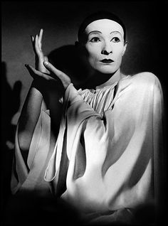 "Les Enfants du Paradis (1945) ""You were right, Garance. Love is simple."""