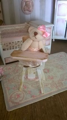 Miniature dollhouse HIGHCHAIR - Seggiolone per bambini miniatura di…