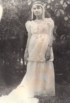 Mother at 16, Agana, Guam, first beauty gueen.... (Of course, not my Mother, but the original pinner's)