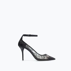 HIGH HEELED LACE SHOE WITH ANKLE STRAPS