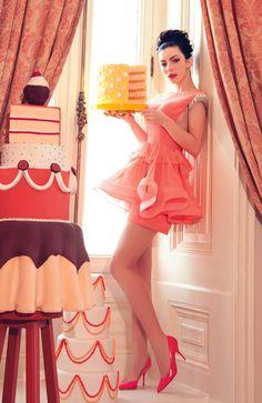#http://www.sagaza.com/images/sagaza-gra1b.jpg  white dresses #2dayslook #new style #whitefashion  www.2dayslook.com