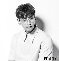 Tae with glasses is all I could ask for TT TT♡ Korean Male Actors, Handsome Korean Actors, Korean Celebrities, Korean Men, Asian Actors, Ji Chan Wook, Lee Dong Wook, Kdrama, Park Hyung