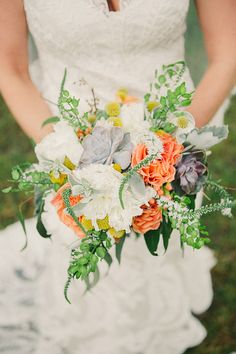 Love the touch of grey in this bouquet