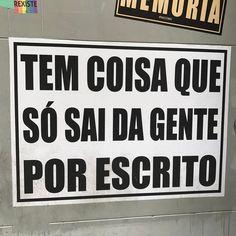 """84 curtidas, 5 comentários - Antonio Elias T. de Freitas (@jabbakarin) no Instagram: """"arte do @coletivotransverso #artederua #artenarua #lambe #lambearte #poesiaurbana…"""""""