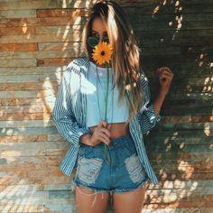 // Pinterest @esib123 //  #style #inspo #fashion high waisted jean shorts