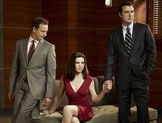 The Good Wife - Promotional photos of season 2 Julianna Margulies, Josh Charles and Chris Noth Archie Panjabi, Best Tv Shows, Favorite Tv Shows, Movies And Tv Shows, Favorite Things, Chris Noth, Julianna Margulies, Lawyer Fashion, Tv Couples
