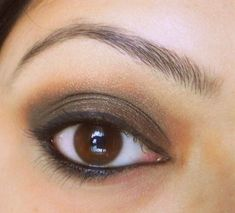 Brown eyes Eye Makeup Tutorial For Glass Wearers// those days when my contacts hate me hazeleyemakeup Hazel Eye Makeup, Bright Eye Makeup, Dark Eye Makeup, Makeup Looks For Brown Eyes, Hooded Eye Makeup, Simple Eye Makeup, Natural Makeup, Makeup Tutorial Eyeliner, Contour Makeup