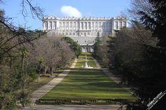 Королевский дворец в Мадриде, Мадрид, достопримечательности Мадрида, Испания, Palacio Real de Madrid, GlobeTrotter, описания достопримечательностей