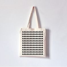 Hey, I found this really awesome Etsy listing at http://www.etsy.com/listing/154521646/minimal-tote-bag-hand-printed-organic