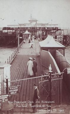 New Promenade Deck and Bandstand Pier Head Candid Photography, Street Photography, Old Street, Red Eyes, Old Photos, Shots, Fair Grounds, Deck, London