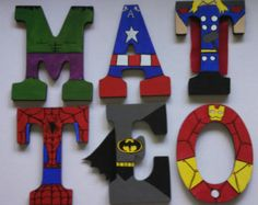 Peints à la main 55 haut bois lettres Marvel par TheHandpaintedHero