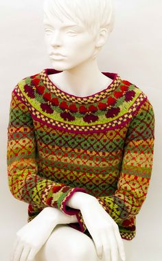 Ravelry: Project Gallery for Stiefmuetterchen pattern by Lydia Feucht