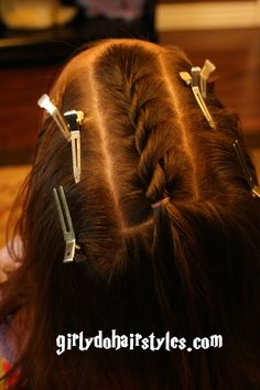 Girly Do Hairstyles: By Jenn: Twisted into Messy Buns