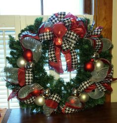 Houndstooth, red and silver Christmas wreath.