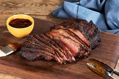 Enjoy delicious, smoky flavor with this smoked beef brisket. Brown sugar, chili powder and BBQ sauce give this beef brisket incredible flavor. Texas Brisket, Bbq Brisket, Brisket Chili, Smoked Beef Brisket, Corned Beef, Kraft Recipes, Beef Recipes, Kraft Foods, Barbecue