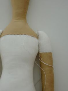 Slip stitch arm on.       Артель игрушек -Ольги Гладких: МК по созданию игрушки в стиле Тильда
