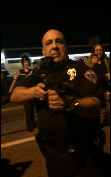 This is why there is a problem. Police Officer in Ferguson Needlessly Waves Assault Weapon in Face of Peaceful Protesters And Threatens to Kill Them [VIDEO] Law And Justice, Social Justice, Ferguson Missouri, Law Abiding Citizen, Assault Weapon, African American History, Oppression, Police Officer, Politics