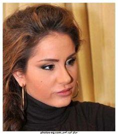Dima-kandalaft-syrian-actress-photos-3