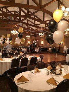 60th Birthday Looking Good In Black White And Gold Custom Centerpieces As Well Were Not Just Balloons Balloondecorating Lotparty