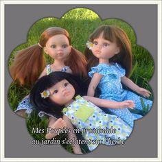 Mes trois PAOLA REINA s'amusent comme des petites folles sur la pelouse