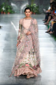 Rahul Mishra ICW 2018 collection was one of the best shows in couture week. Check out gorgeous bridal lehengas and outfits for the whole family in this post Indian Bridal Outfits, Indian Bridal Fashion, Pakistani Bridal Dresses, Indian Designer Outfits, Designer Gowns, Pakistani Outfits, Wedding Dresses, Lehenga Choli, Anarkali