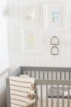 Neutral nursery: http://www.stylemepretty.com/living/2015/05/04/a-gender-neutral-nursery-for-twins/ | Photography: Conrhod Zonio - http://www.conrhodzonio.com/