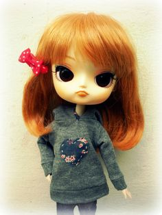 Dal Blythe Blouse Hoodie with Heart by giraffedolls on Etsy, zł20.00