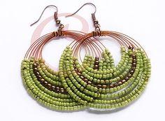 Beaded earrings 525232375264190179 - Green Copper Beads Earring Source by abizo Beaded Jewelry Designs, Seed Bead Jewelry, Bead Jewellery, Seed Bead Earrings, Wire Jewelry, Beaded Earrings, Jewelry Crafts, Seed Beads, Wire Wrapped Earrings