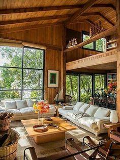 Stunning Living Room Design With Farmhouse Style Atemberaubendes Wohnzimmerdesign im Bauernhausstil Tiny House Cabin, Tiny House Design, Cabin Homes, Log Homes, Home Design, Home Interior Design, Design Ideas, Bamboo House Design, Tropical House Design