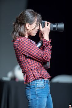 Uploaded by 맨디. Find images and videos about kpop, twice and jihyo on We Heart It - the app to get lost in what you love. Nayeon, South Korean Girls, Korean Girl Groups, Asian Woman, Asian Girl, Twice Photoshoot, Jihyo Twice, Dahyun, Japanese Girl