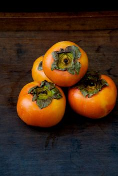 Japanese persimmons-kaki...had one of these for the 1st time the other day courtesy of my husband's mom & aunt. Good stuff!