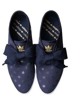 Zapatillas Adidas. #lazadas#zapatillas#estrellitas#Adidas