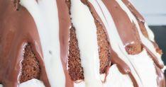 Kinderkakku rengasvuokaan leivottuna, pääsiäinen, jälkiruoka, kakkuresepti Bacon, Breakfast, Food, Morning Coffee, Essen, Meals, Yemek, Pork Belly, Eten
